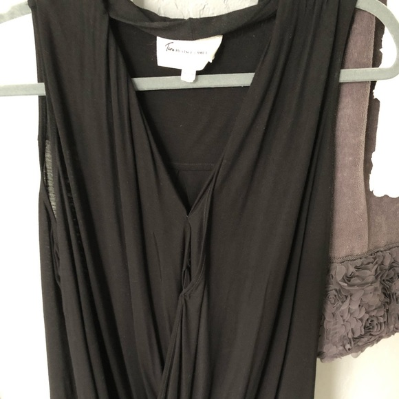 Two by Vince Camuto Tops - Woman's top